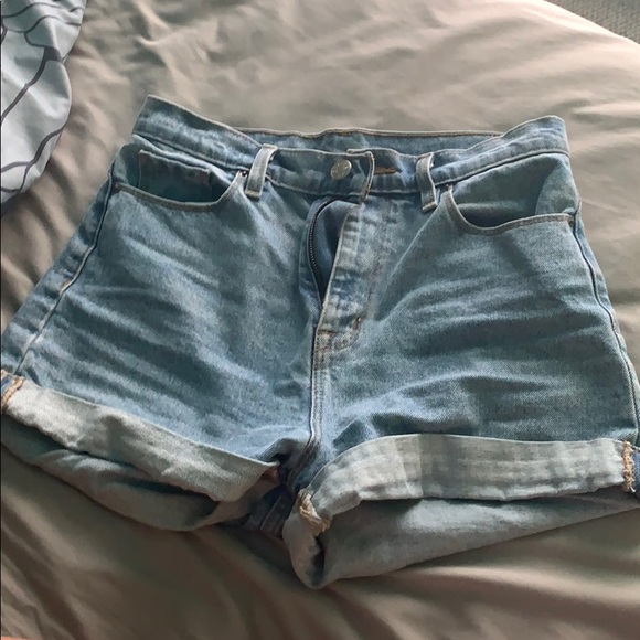 Urban Outfitters Pants - Mom high rise jean shorts NEW